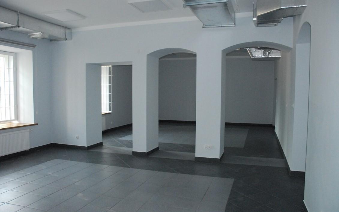 Pomieszczenie biblioteczne oddane do użytku