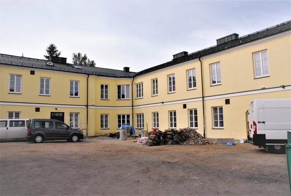 Budynek po remoncie od strony dziedzińca